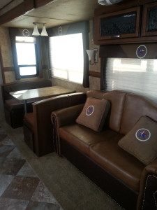 Couch & Dinette